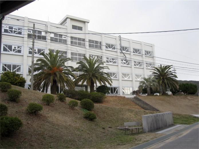 兵庫県立洲本実業高校